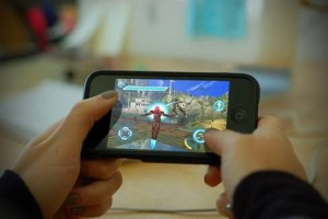 games-on-mobile-phone
